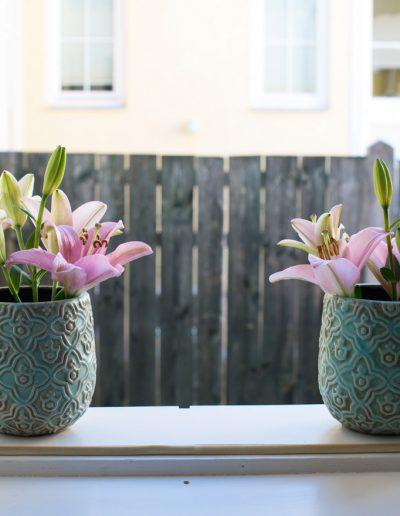 Aussicht mit dekorativen Blumen