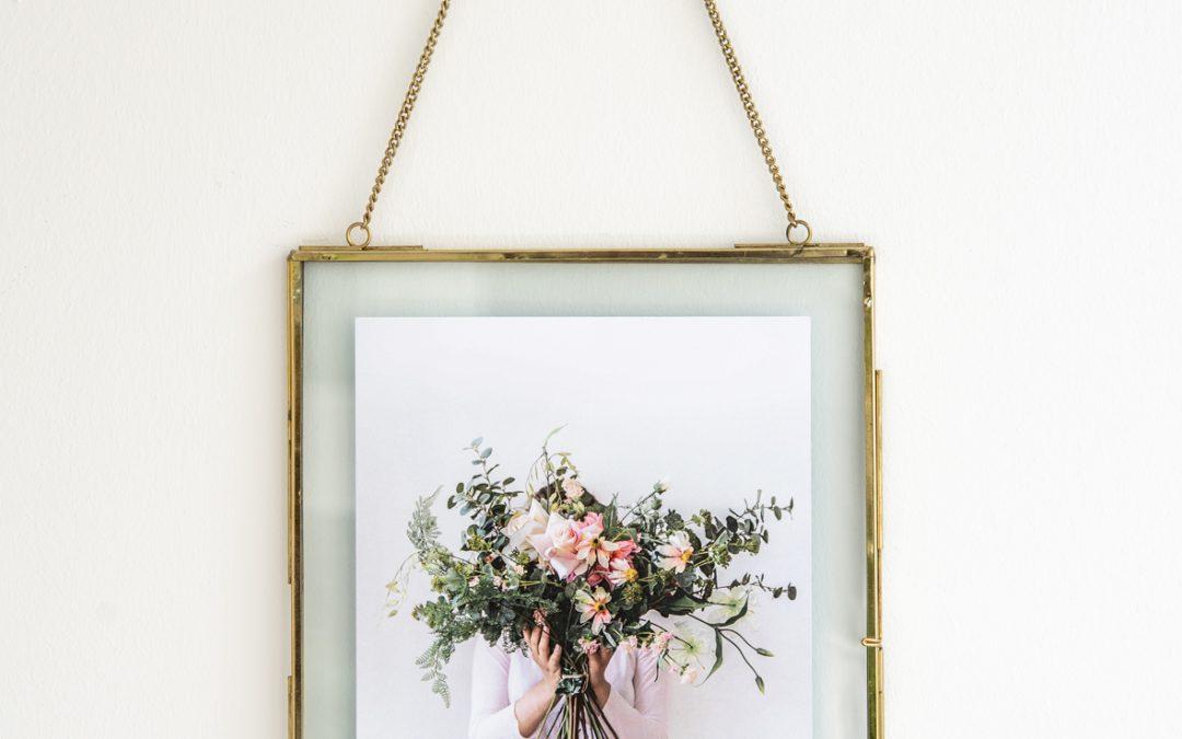 Fotoplakat mit Rahmen versteckte Schönheit