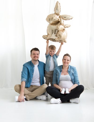 Babybauch Schwangerschaft by Katharina Axmann Photography